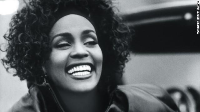 Whitney Houston Kimdir?